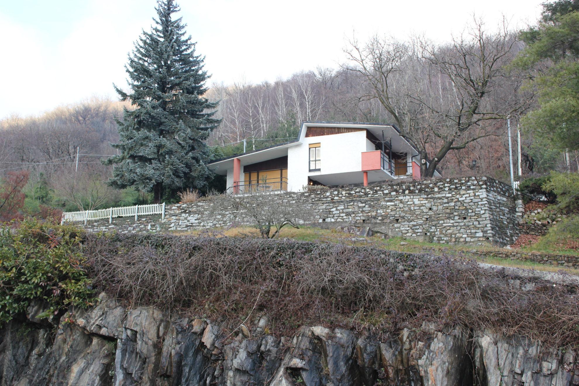 Ampliamento casa sul lago elena bertinotti for Costruire una casa sul lago